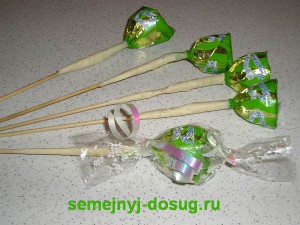 Изготовление букета из конфет-7