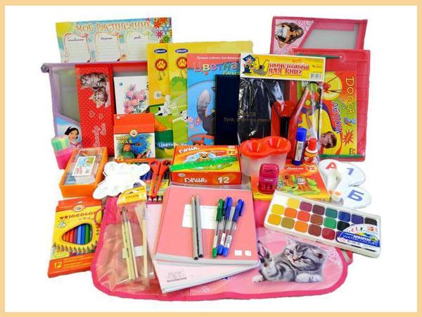 Подарки для школьниц